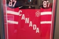Crosby-Team-Canada-Jersey-Frame-Capulet-Art-Gallery-Framing-Shop
