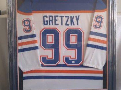 Gretzky Jersey Frame